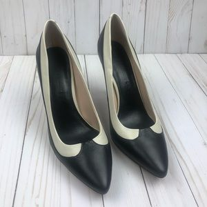 Banana Republic Black & White Leather Pumps